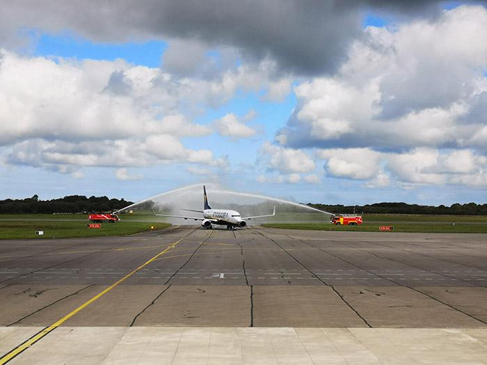 Vol inaugural Brest-Toulouse : Ryanair continue son développement à Brest (crédit : ABO)