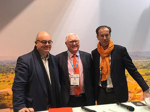 Signature d'une convention de partenariat entre Orange et l'IRTEC Quimper