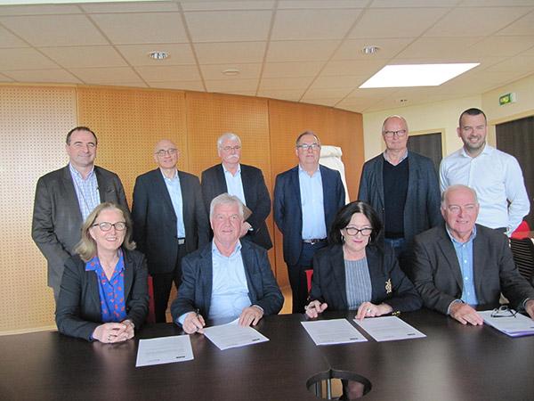CCPI et CCIMBO Brest : signature d'une convention de partenariat (crédit photo Ouest-France)