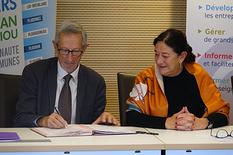 Signature de la convention de partenariat entre la CCPA et la CCIMBO