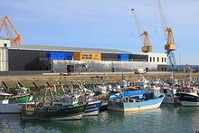 Le port de pêche et la nouvelle criée de Brest au 3è éperon - crédit photo : Panoramic Bretagne