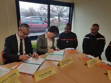 Signature d'une convention de partenariat entre le SDIS 29 et la CCIMBO
